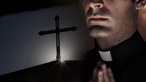 Interpretaciones de soñar con un sacerdote